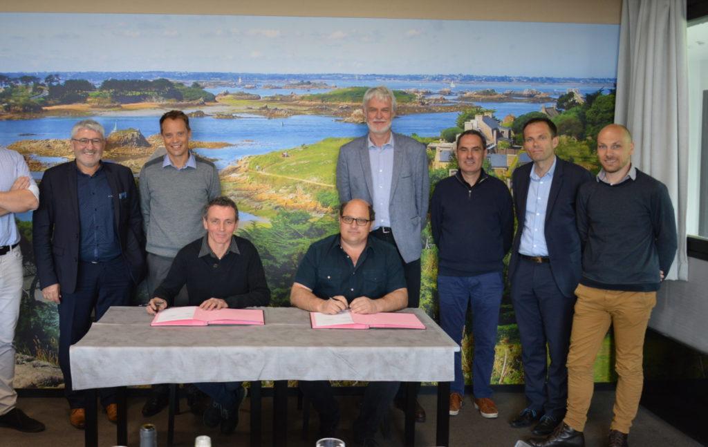 Signature du partenariat avec Cooperl